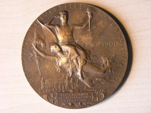 Medal Bronze School Amsterdam Art in Exposition Paris 1900 RRR
